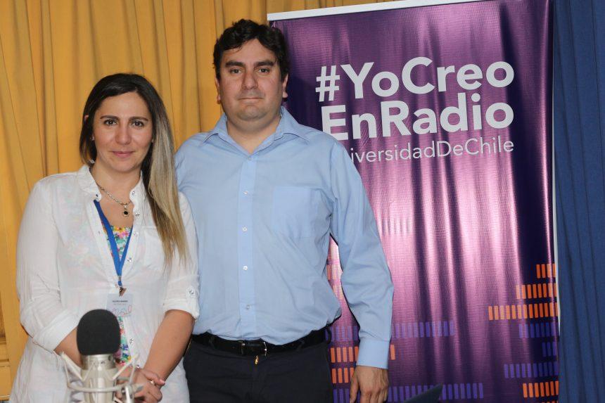 Radio U. de Chile:  Cómo tratar el estrés postraumático de los niños por la crisis social