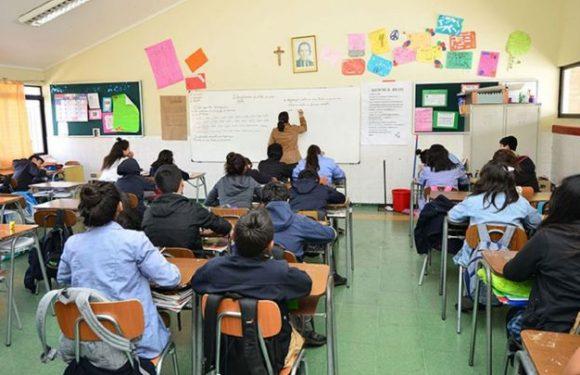 OPINIÓN: La sesgada negativa del Colegio de Profesores de retomar clases presenciales